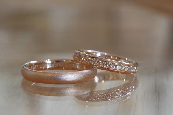 2WAY仕様のコンビの結婚指輪