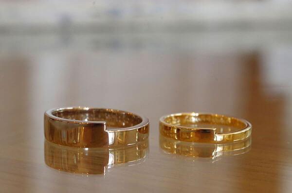 段差がぴったり合う結婚指輪