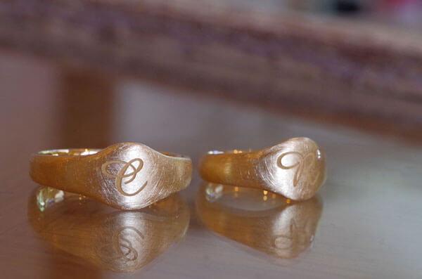 印台タイプの結婚指輪