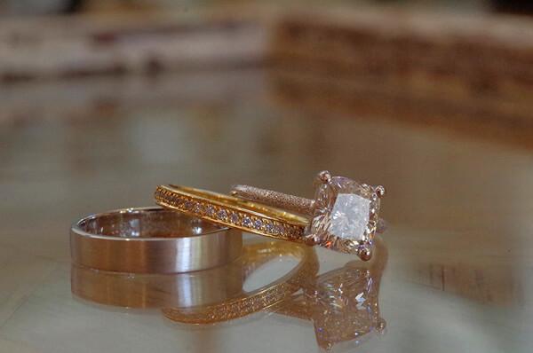 2カラットアップダイヤの婚約指輪