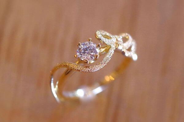 リボンの婚約指輪