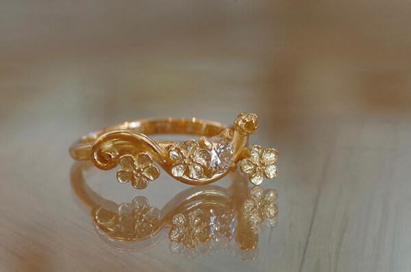 勿忘草の婚約指輪