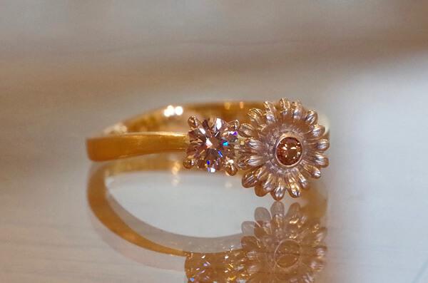 ガーベラの婚約指輪