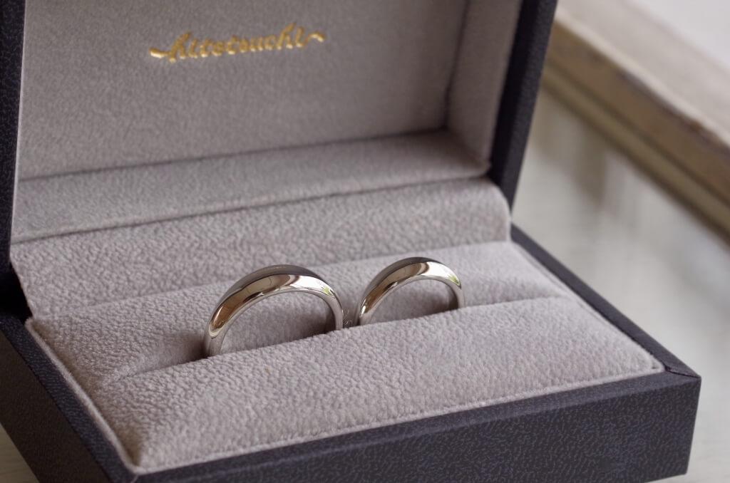 月甲丸の結婚指輪