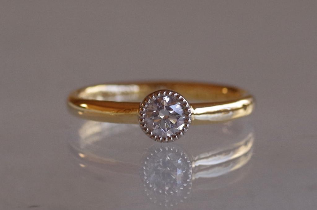 オーダーメイド 婚約指輪