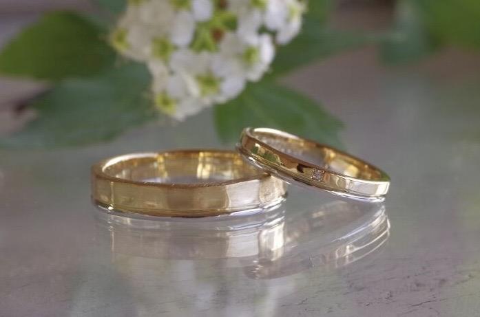 2連風をそれぞれでアレンジした結婚指輪