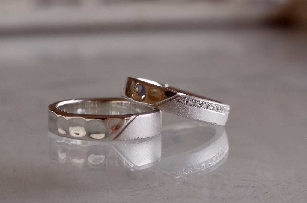 3種類の表面加工を組み合わせた結婚指輪