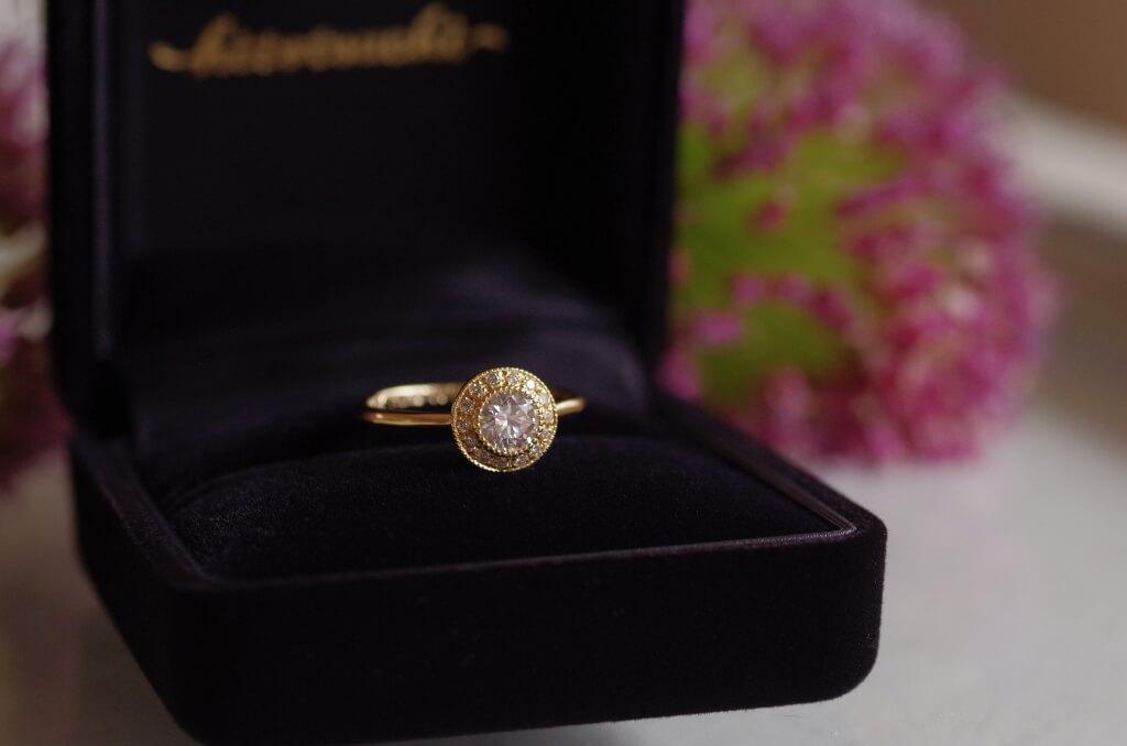 取り巻きのご結婚10周年記念の指輪