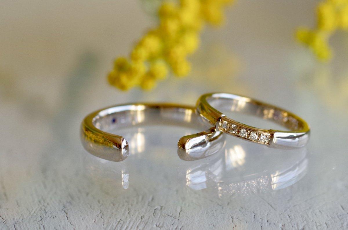 隙間を設けたC型の結婚指輪