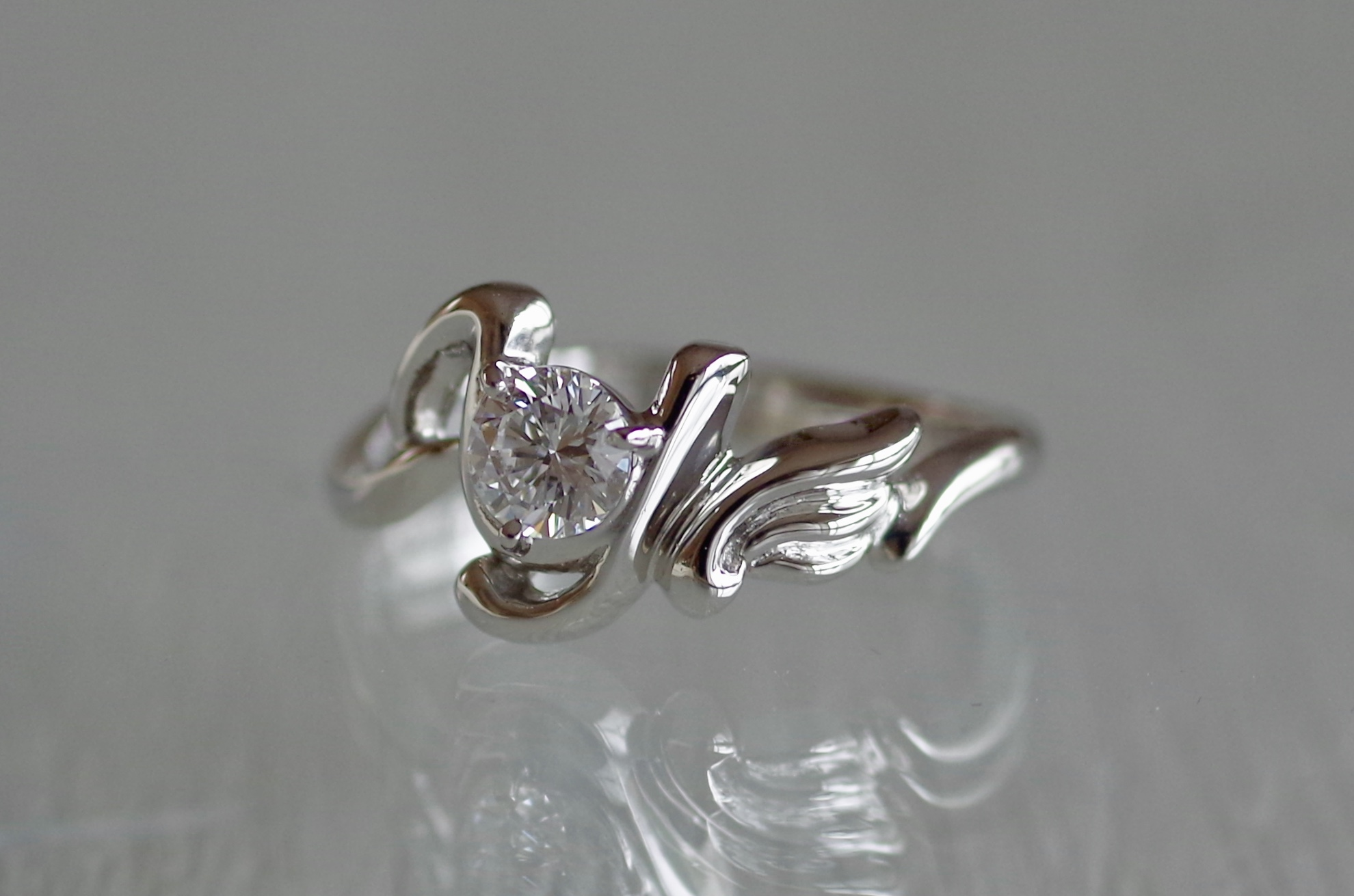 フルオーダー 婚約指輪 羽