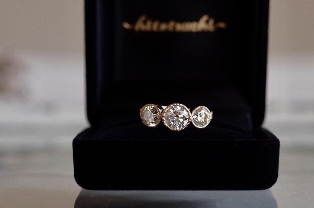 婚約指輪 オーダーメイド ラウンドブリリアントカット ダイヤモンドの形