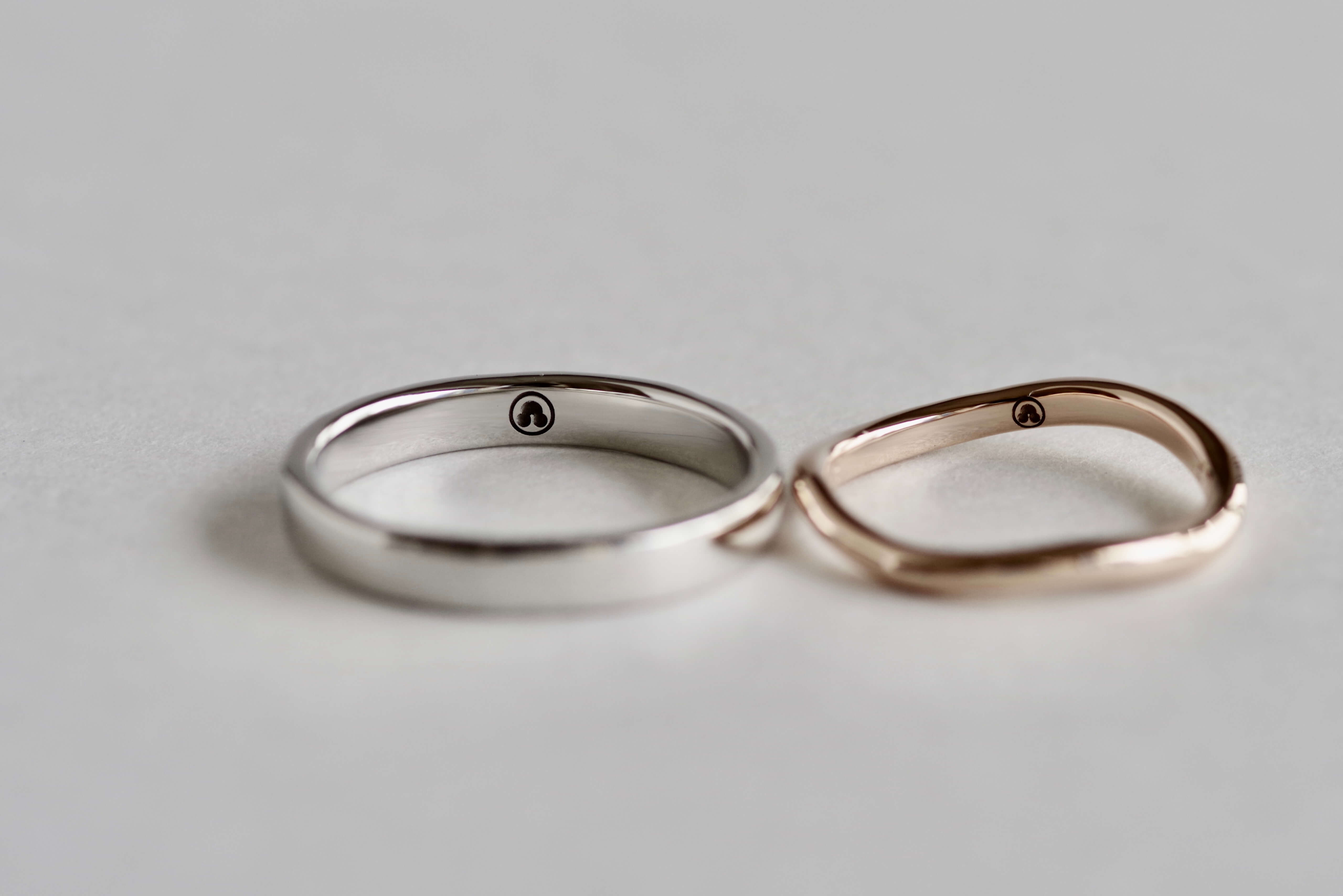 結婚指輪 オーダーメイド 家紋 レーザー彫り