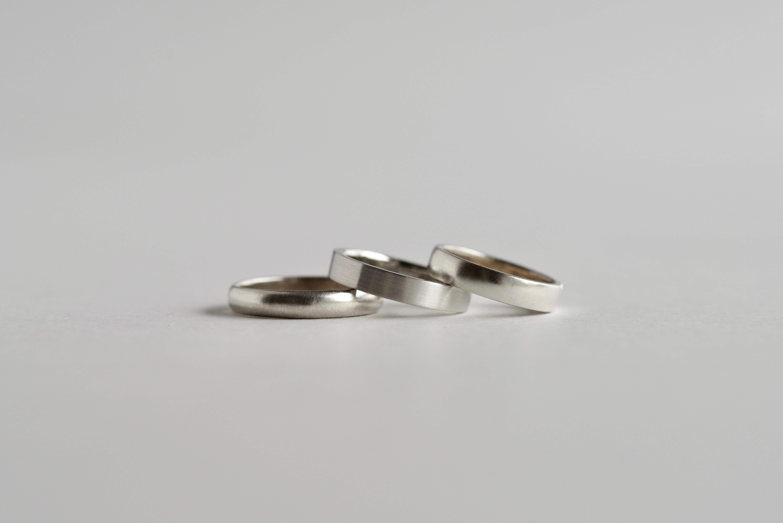 シンプル 結婚指輪 比較 甲丸 平打ち 平甲丸 比較