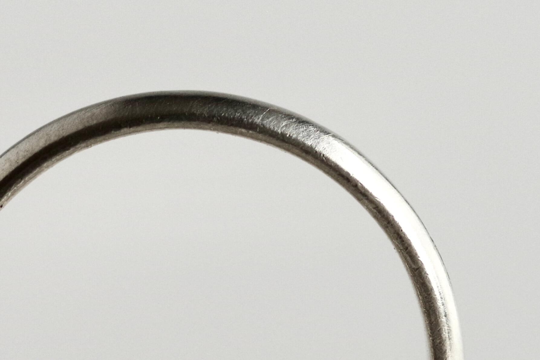 シンプル 結婚指輪 比較 甲丸 平打ち 平甲丸 横から見た図