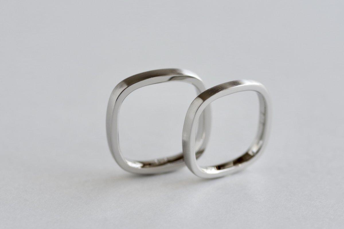 四角形の結婚指輪